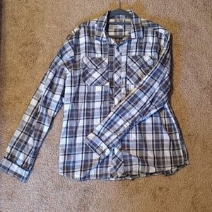 Under Armour Loose Fit Concealed Carry Button Down